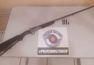 Polícia Militar de Paulicéia prende homem por porte ilegal de arma de fogo